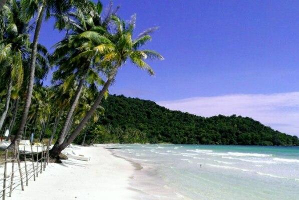 plyazh-bai-sao-ostrov-fukuok